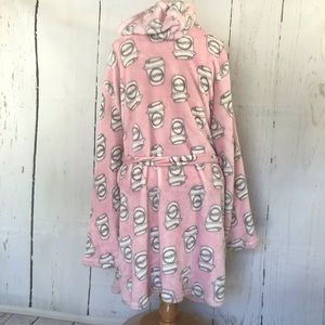 Bobbie Brooks Intimates & Sleepwear - Pink fuzzy coffee bathrobe